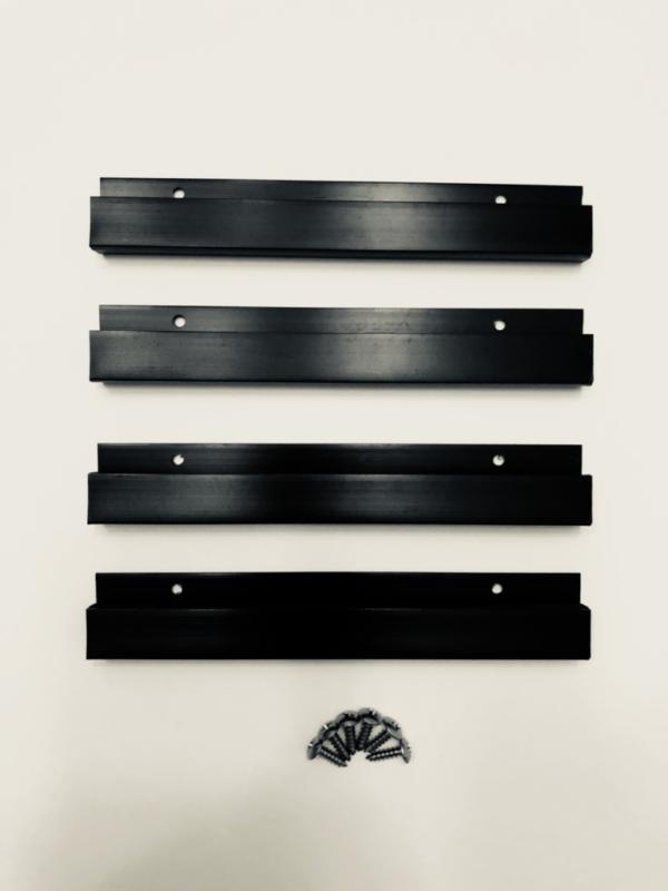 2-crank-bait-hangers